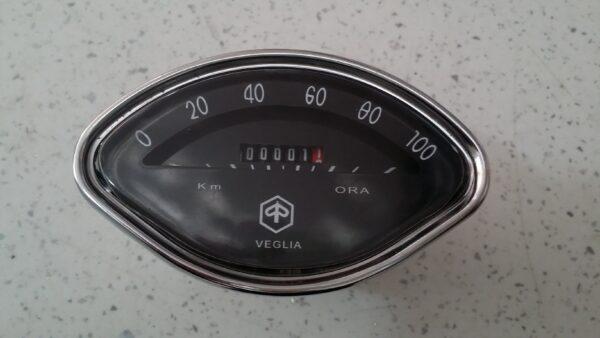 Reloj Km Vespa 150/160 Oval Negro 100 km/h 2,7 conexion cable